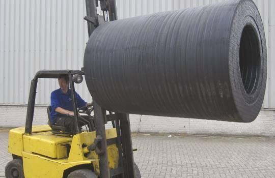 Fendertec marine fendering - Cylindrical fenders